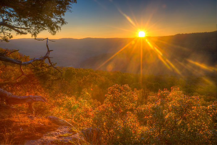 The sun rises and illuminates Hedges Pour-off